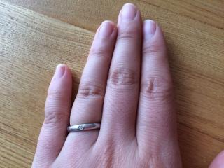 【ティファニー(Tiffany & Co.)の口コミ】 結婚指輪は普段使いしたかったので、どんな洋服にも合わせやすいようにシ…