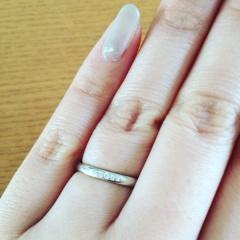 【アイプリモ(I-PRIMO)の口コミ】 シンプル・長くつけても飽きのこないデザインを探しており、この指輪にし…