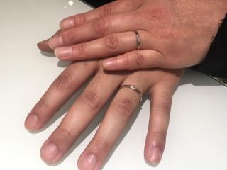 【Cafe Ring(カフェリング)の口コミ】 ピンクダイヤモンドがオシャレでデザインも他より目を引きました。付けて…