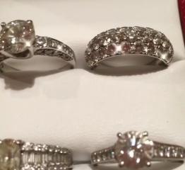 【カルティエ(Cartier)の口コミ】 ダイヤモンドが沢山、もしくは大きいものがあしらわれているので、存在感…