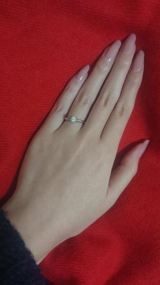 【カルティエ(Cartier)の口コミ】 夫に一番似合うと言われました。シンプルですが、ダイヤモンドの存在感が…