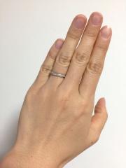 【俄(にわか)の口コミ】 婚約指輪を持っていなかったので、結婚指輪にはダイヤが入っているものに…