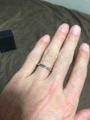 【ラザール ダイヤモンド(LAZARE DIAMOND)の口コミ】 1番の決めてはデザインでした。ぱっと見た印象ではシンプルなのですが、ラ…