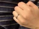【HASUNA(ハスナ)の口コミ】 シンプルですが丁寧な作りの指輪が気に入っています。つや消し仕様にして…