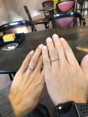 【ケイウノ ブライダル(K.UNO BRIDAL)の口コミ】 4店舗をみてケイウノで婚約指輪と結婚指輪の3点セット50万のキャンペーン…