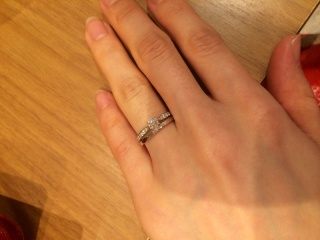 【Fred(フレッド)の口コミ】 決めては、婚約指輪と重ね付して合うこと、肌なじみが良かったことです。…