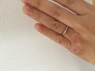 【4℃(ヨンドシー)の口コミ】 波のような形で指がきれいに長く見えるため、指が太くてもきれいに見えると…