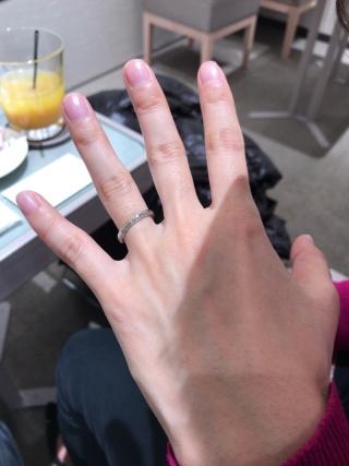 【アイプリモ(I-PRIMO)の口コミ】 婚約指輪がなかったので、結婚指輪でも石付きのものが良いなと探していま…