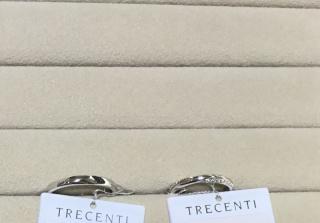 【TRECENTI(トレセンテ)の口コミ】 ストレートラインで、センター部分はプラチナですが、両側に斜めにメレダ…