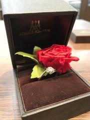 【アトリエミラネーゼの口コミ】 バラのデザインのエンゲージリングを探していてアトリエミラーゼさんのデ…