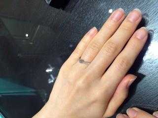 【ティファニー(Tiffany & Co.)の口コミ】 デザインが、日常でも使いやすいこと、そして指にはめた時にとてもしっく…