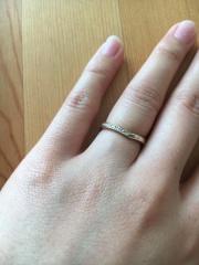 【杢目金屋(もくめがねや)の口コミ】 彼と二人で、「木目の入った指輪がいい!」と、最初からかなり限定的に結…