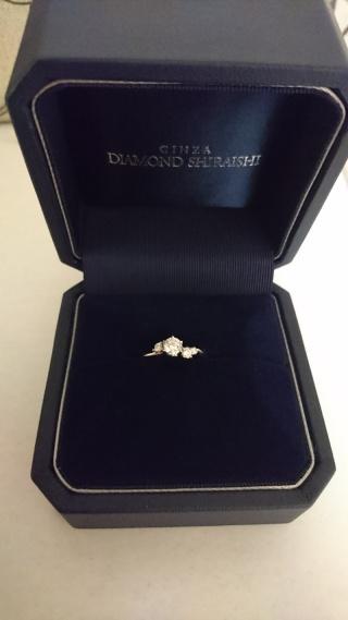 【銀座ダイヤモンドシライシの口コミ】 最初に店員さんがいくつか持って来ていただいたものの中に、こちらのスズ…