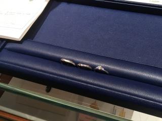 【銀座ダイヤモンドシライシの口コミ】 元々婚約指輪や結婚指輪は外国ブランドの派手なものではなく、日本のシン…