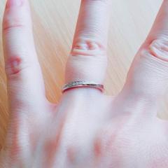 【アイプリモ(I-PRIMO)の口コミ】 ダイヤモンドの面を上向き、下向きと、気分や状況に応じて嵌め変える事が…