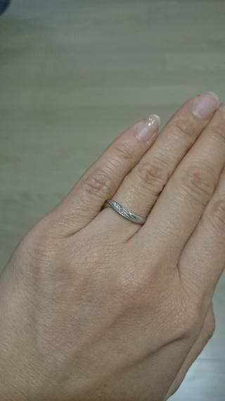【ラザール ダイヤモンド(LAZARE DIAMOND)の口コミ】 それまでに他3件ほど指輪の見学にショップを回りました。 もともと指輪に…