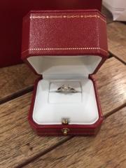 【カルティエ(Cartier)の口コミ】 インターネットでいろいろなメーカーの指輪を見ておりました。結婚後の生…