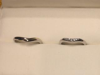 【ケイウノ ブライダル(K.UNO BRIDAL)の口コミ】 婚約指輪もケイウノさんでオーダーさせていただいたので、結婚指輪も同じ…