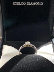 【エクセルコダイヤモンド(EXELCO DIAMOND)の口コミ】 店員さんは知識のない私にも丁寧に接客してくれました。現在のダイヤモン…