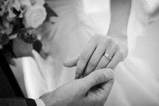 【カルティエ(Cartier)の口コミ】 婚約指輪に関しては、「歳を取ってからでも似合うもの」をコンセプトに探…