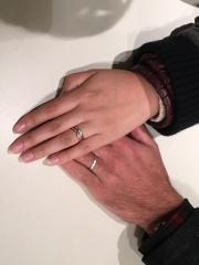 【nocur(ノクル)の口コミ】 最初は1人でお店に出向き、婚約指輪と結婚指輪の予算と希望するデザインを…