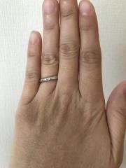 【ティファニー(Tiffany & Co.)の口コミ】 ティファニーブルーの見た目に惹かれ、結婚指輪は絶対ティファニーと決め…