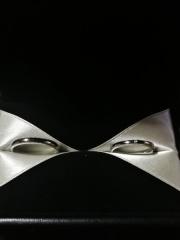 【エクセルコダイヤモンド(EXELCO DIAMOND)の口コミ】 デザイン的に丸みがあり、手に馴染む気がする。他店に比べてミル打ちが綺…