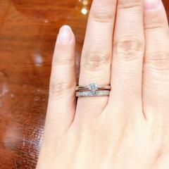 【SCARABE(スカラベ)の口コミ】 元々私たちは婚約指輪を買う予定はありませんでした。ペアリングを買った…