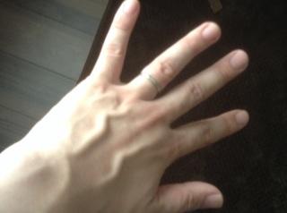 【A・D・A(エー・ディー・エー)の口コミ】 二人の指にあったデザインやブランドもあるとは思いますが、結婚指輪は一…