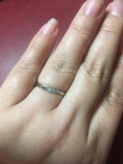 【ラザール ダイヤモンド(LAZARE DIAMOND)の口コミ】 ダイヤがあまり目立たないデザインを探していました。また、男性側のリン…