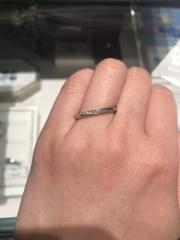 【銀座ダイヤモンドシライシの口コミ】 ダイアモンド専門店だけあってダイヤの輝きが他店舗とは違って見えました…