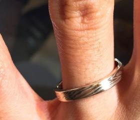 【杢目金屋(もくめがねや)の口コミ】 指輪のデザインやコンセプトは、最高だと思いました。世界に一つの木目を…