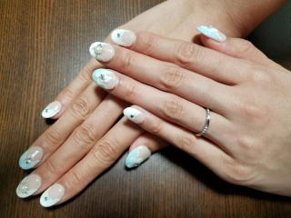 【アイプリモ(I-PRIMO)の口コミ】 元々シンプルなものが良いなと考えていました。指が細めなこともあり店員…