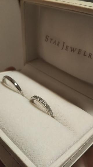 【スタージュエリー(STAR JEWELRY)の口コミ】 結婚指輪は私が好きなスタージュエリーと決めていました。 シンプルなもの…