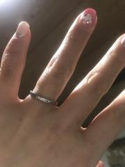 【カルティエ(Cartier)の口コミ】 最初三つくらいブランドで悩みました!はめてみると自分の指にしっくりき…