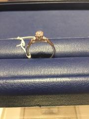 【銀座ダイヤモンドシライシの口コミ】 店長さんがこれまでの交際の経緯などを細かに聞いて頂き、2人に合うよう…