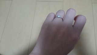 【CITIZEN Bridal(シチズンブライダル) / ディズニーシリーズの口コミ】 もともとディズニーが好きでシンデレラのリングに決めていた。 指が細く見…