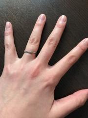 【俄(にわか)の口コミ】 特にブランドのこだわりはありませんでしたが、婚約指輪に俄の指輪を頂い…
