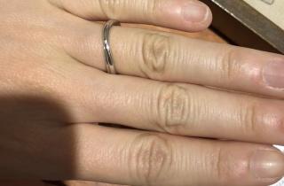 【TRECENTI(トレセンテ)の口コミ】 複数の店舗を見て回りましたが、この指輪が一番付け心地がよかったです。…