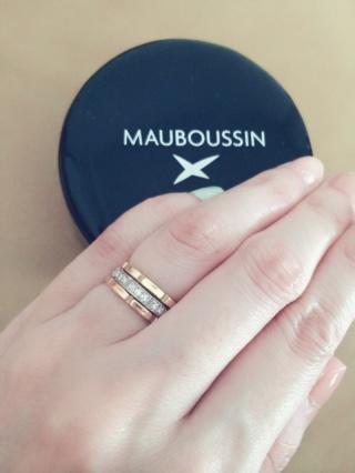 【MAUBOUSSIN(モーブッサン)の口コミ】 何店舗か候補があり試着を繰り返していましたが最終この結婚指輪にしたのは…
