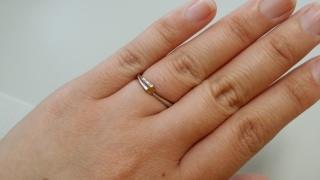 【スタージュエリー(STAR JEWELRY)の口コミ】 結婚指輪と婚約指輪を重ねると、月と星になること。結婚指輪の星のデザイ…