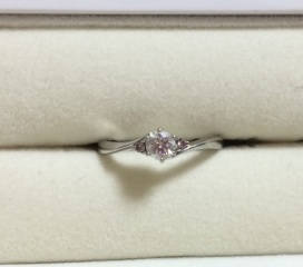 【Dolfani(ドルファーニ )の口コミ】 ピンクダイヤモンドの入った指輪を探しており数件見て回ったりネットで調…