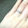 【ROYAL ASSCHER(ロイヤル・アッシャー)の口コミ】 ロイヤルアッシャーのダイヤモンドは非常にきれいで品のある輝きだと思い…