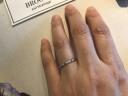 【BROOCH(ブローチ)の口コミ】 こちらの指輪は細めが多く、つけても違和感がなく楽だった。またダイヤも…