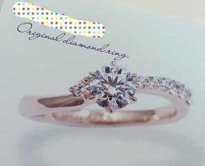 【アトリエフィロンドールの口コミ】 彼がここでダイヤを購入し、後日二人でリングのデザインを決めました。 い…
