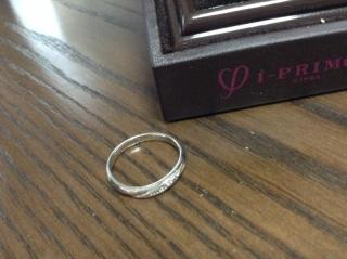 【アイプリモ(I-PRIMO)の口コミ】 結婚指輪でもシンプルなものでなく、少しダイヤモンドの付いたものが良かっ…