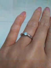 【ティファニー(Tiffany & Co.)の口コミ】 シンプルで一番スタンダードなデザインということでこの指輪にしました。 …