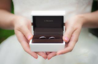 【アイプリモ(I-PRIMO)の口コミ】 やわらかなウエーブのラインにマイクロミルグレインが綺麗でシンプルなとこ…
