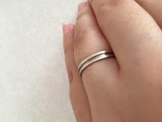 【Mr.MONDIAM & Ms.APHRODITE(ミスターモンディアムアンドミスアフロディーテ)の口コミ】 この指輪の決め手は何より夫が気に入ったからでした。婚約指輪も同じお店…
