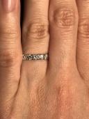 【CHRISTIAN BAUER(クリスチャンバウアー)の口コミ】 ダイヤ自体は大きくないのですが、石の留め方に技術をかけているらしく、…